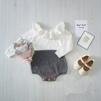 Ins-Hot-2016-Autumn-Toddler-Baby-Girl-Clothings-Ruffles-Princess-Girl-Sweet-Knitted-Overalls-Infant-Romper.jpg_640x640